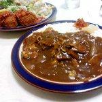 シェルハウス - 料理写真:ポークカレーとカニクリームコロッケ