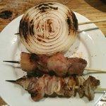 てっちゃん - 豚軟骨、カシラ、玉ねぎ