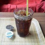 ブックオフカフェ 白金台店 - アイスコーヒー 290円
