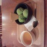 横濱茶房 つくしんぼ - 抹茶アイス・ほうじ茶付き