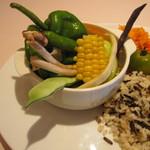 ビストロ カフェ ア ターブル - 色鮮やかな温野菜スープ