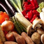 原始炭焼 いろり家 - 産地から直接届くお野菜は鮮度抜群!