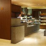 ANAクラウンプラザホテル大阪 DELICA SHOP - ホテル1Fにございます