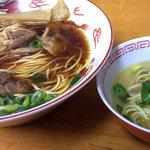 麺屋 晴レ - 笠岡ラーメンと塩ラーメン(取り分け用ミニ丼)