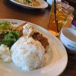 桜丘カフェ - チキン南蛮プレート(ランチドリンク:レッドブル)