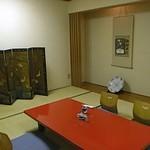 すし幸 - 1人で10畳の和室を使えるとは贅沢ですね~!
