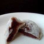 お食事処 かさの家 - 梅ヶ枝餅 5個入り525円