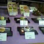 桔梗堂 - 店内の和菓子