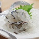 江戸前 松栄寿司 - さよりのお刺身♪鮮度がいいのでぷりっぷりで甘い!