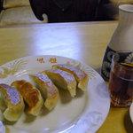 8975865 - 焼餃子と紹興酒1合
