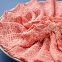 舌にとろける霜降肉を最上の状態でどうぞ!お席はすべて個室ですのでご会食にもご利用いただけます。