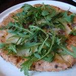 フェルマータ - 本日のピザ モッツァレラ、ルッコラ、自家製ソーセージ