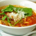 麺Dining セロリの花 - トマトスープ麺(680円)
