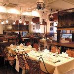 ニャーヴェトナム - 2階席 お座敷、テーブル、ロフト、半個室と様々なシーンに対応