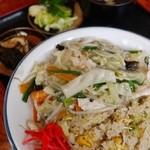 富士食堂 - 鶏あんかけチャーハン