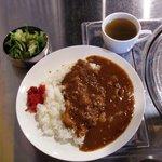 赤坂食肉センター - 「牛すじカレー」セット(500円)