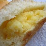 エトワール - クリームパンの中身