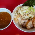 用心棒 本号 - 豚つけ麺900円