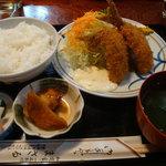 まさる - 2011-08-10アジフライ定食1050円