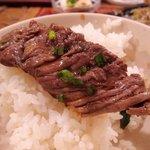 グリル ピエロ - 焼き肉はご飯に乗せて食べるのが正しい食べ方(?)