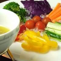 Jam's bar - 8種の野菜のバーニャカウダ