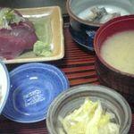 佐とう - ブリ刺身定食