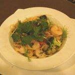 カフェ エチカ - 旬野菜と魚介のペペロンチーニ