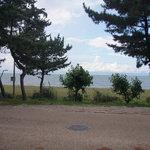 ル・ヴァン・ド・ヴェール - 琵琶湖はお店の目の前!