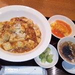 虹梅路 - 四川麻婆豆腐丼セット500円