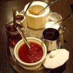COVO - 卓上のオリジナル薬味類