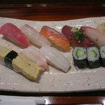 鮨処 たけ田 - 料理写真:ランチ寿司にぎり