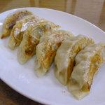 華成楼 - 焼餃子
