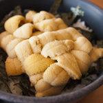 柿崎商店 海鮮工房 - 白ウニ丼