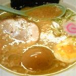 さいたま屋 - 煮卵焦がし醤油ラーメン