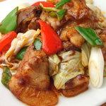 三点中華 - 料理写真:ホイコーロー(回鍋肉)