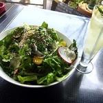ラ・ジュルネ - 鎌倉野菜とシラスの丼