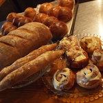 エル パト - 自家製パンとシナモンロール
