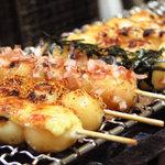 たつ吉 - 本物のお団子は、ふわふわもち餅食感♪明太マヨ最高~。しょう油は通好み。80円より