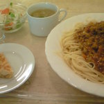 紙ひこうき - ランチ ミートソーススパゲティ(セット) 大盛り