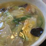 珉王 - 料理写真:5目野菜あんかけラーメン
