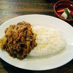 バブーシュカカリーアンドカフェ - 野菜のドライカレー