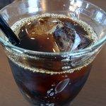 自家焙煎珈琲 みなと珈房 - 今回もブラックで頂きましたよ。 味に深みがあって、とっても美味しいコーヒーでしたよ。 堪能できました。 そうそう、お水もメッチャ美味しかったです。 何回も何回もお代わりしてしまいましたよ。(笑)