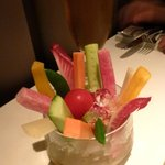 タツヤ・カワゴエ - 野菜スティック、スナップ豌豆は美味しかった。