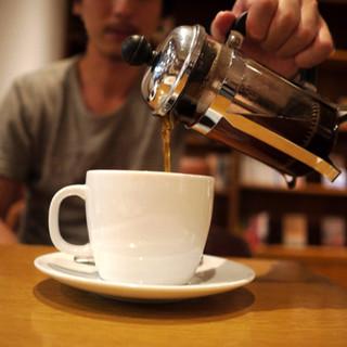 丸山珈琲  - ドリンク写真:プレスコーヒーメーカーで
