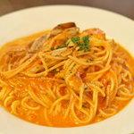 マザームーンカフェ - 渡りガニのトマトクリームソース スパゲッティー