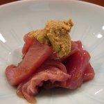 小判寿司 - 鰹は和辛子で食べる