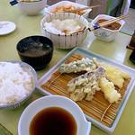 天ぷら倶楽部 - ご飯はおかわり出来ます
