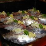 こうげん寿し - 地魚鰺の握り8カン1700円
