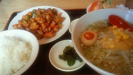 台湾料理 四季紅 真岡店