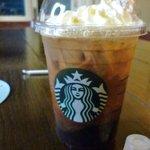スターバックス・コーヒー - ドリンク写真:100円でお替わりできるんですって!